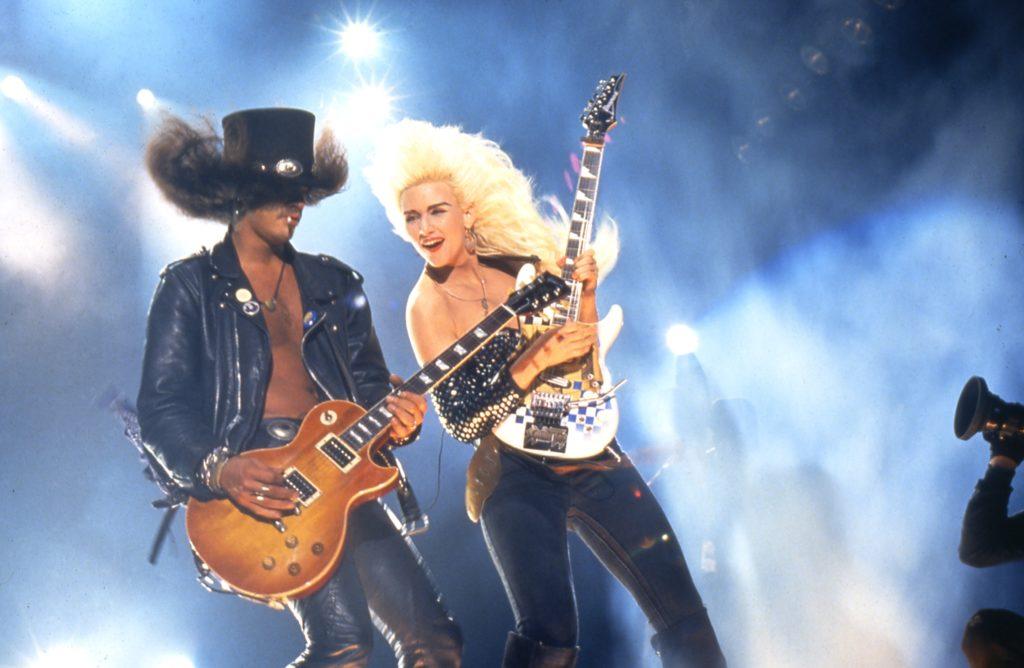 Kytaristka Michaela Jacksona vystoupí tento týden v Česku.